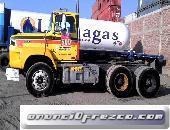 En venta tracto semi trayler ford LT9000-tortón-3 ejes